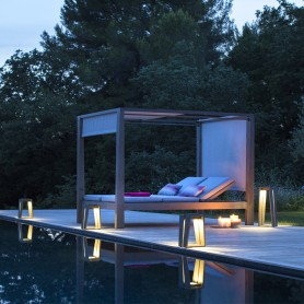 Lanterne solaire Skaal en teck Duratek ht 65cm Les Jardins