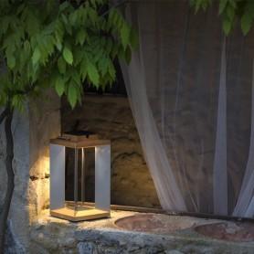 Lanterne solaire Teckinox en teck et inox ht 36,5cm Les Jardins