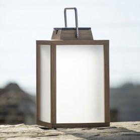 Lampe tradition solaire en teck ht 40cm Les Jardins